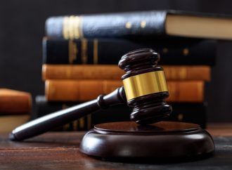 Kiedy przysługuje adwokat z urzędu w sprawie cywilnej